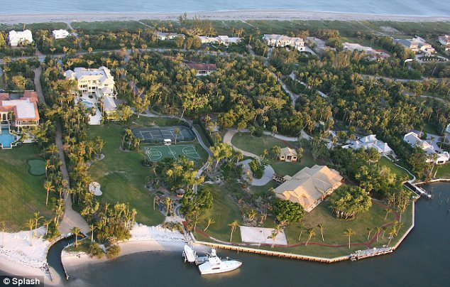 Tiger wood's mansion at Jupiter Island